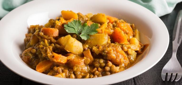 Caril vegan de lentilhas