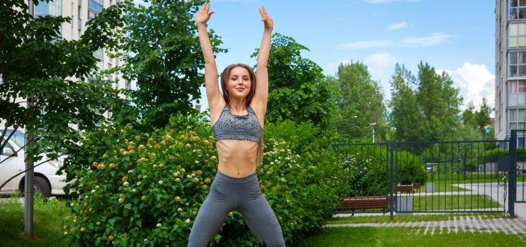 melhores exercicios fisicos para emagrecer jumping jacks