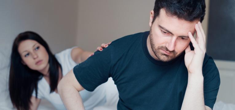 diabetes e impotencia homem preocupado