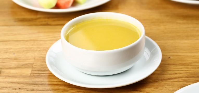 Sopa para bebes Sopa batata doce e peru