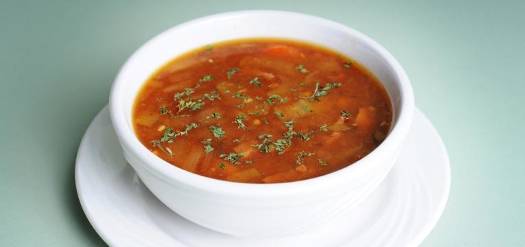 Sopa para bebes Sopa de agriao e feijao-manteiga