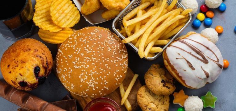 alopecia fast food