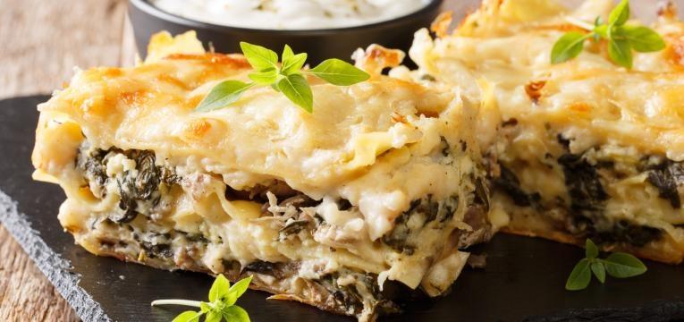 Receitas vegetarianas no forno Lasanha de cogumelos e espinafres