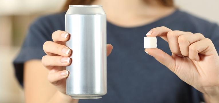 cortar 500 calorias refrigerantes com acucar