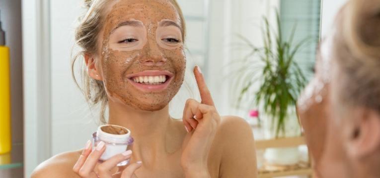 pele mista esfoliar a pele