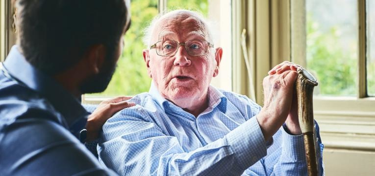 cuidador de idosos plataforma idoso e cuidador