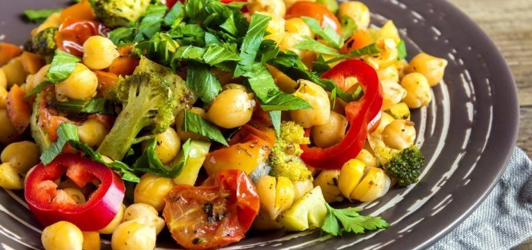 saladas com menos de 300 kcal salada de caril