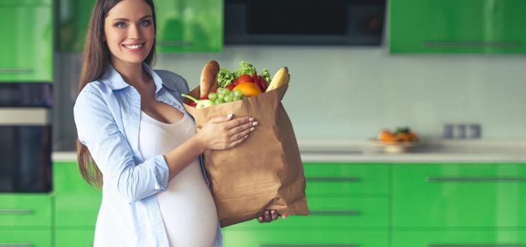 nono mes de gravidez gravida com compras saudaveis