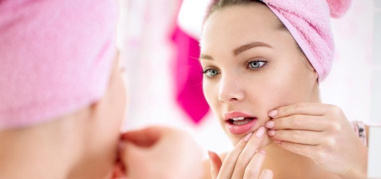 pele mista acne na pele