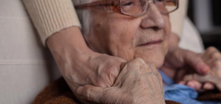 angioedema idoso