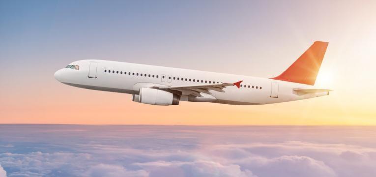 transporte de ces nos avioes companhia aerea