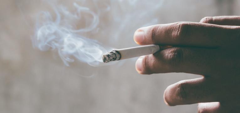 pele envelheca fumar regularmente