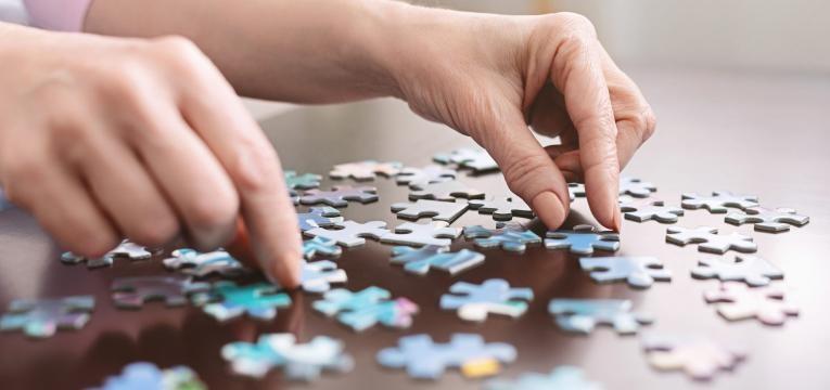 Alzheimer montagem de puzzle