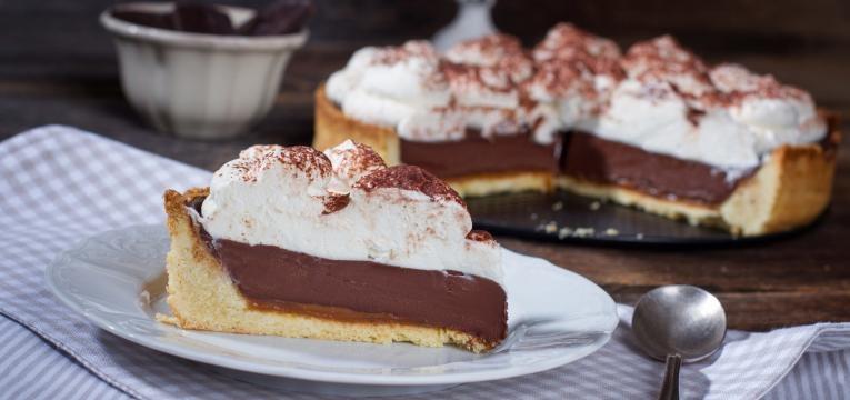 tarte de mousse de chocolate com base de bolachas