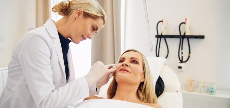 pele a descamar dermatologista