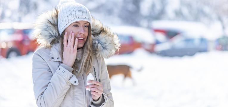 pele a descamar protetor no inverno