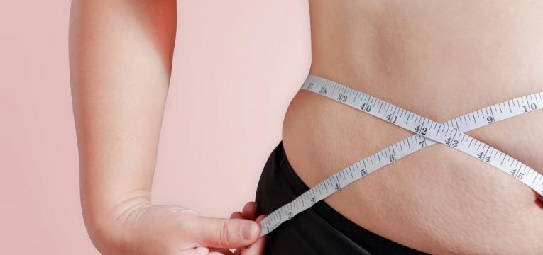 gordura abdominal em excesso lipo hipertrofia