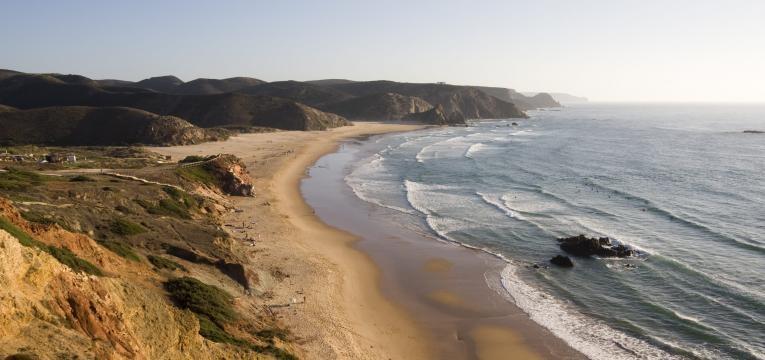 melhores praias para surfar praia do amado