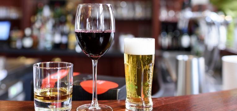 cirrose hepatica ingestao de bebidas alcoolicas