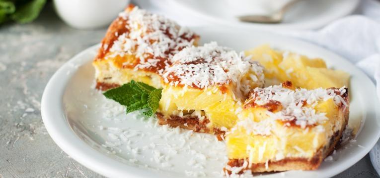 bolo de coco com laranja