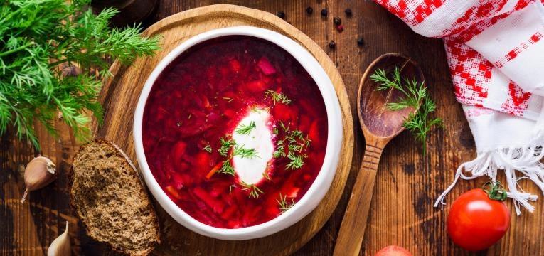 sopa de beterraba simples
