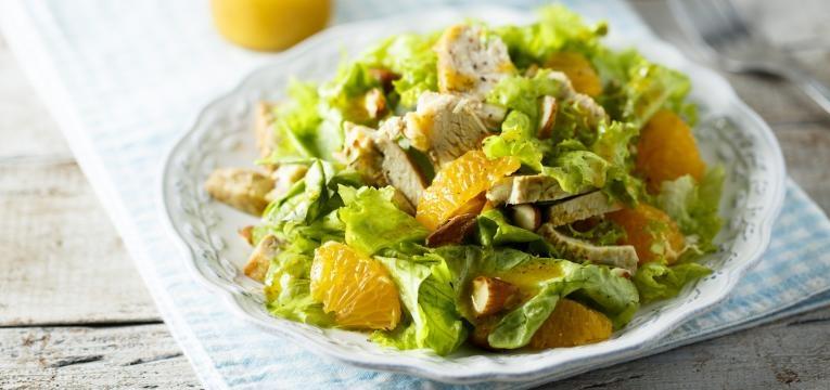 receitas simples para levar para o trabalho  salada de frango com laranja