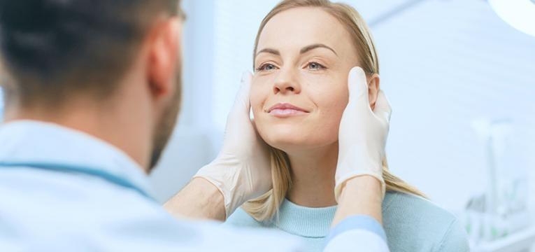 envelhecimento da pele do rosto: tratamentos estéticos