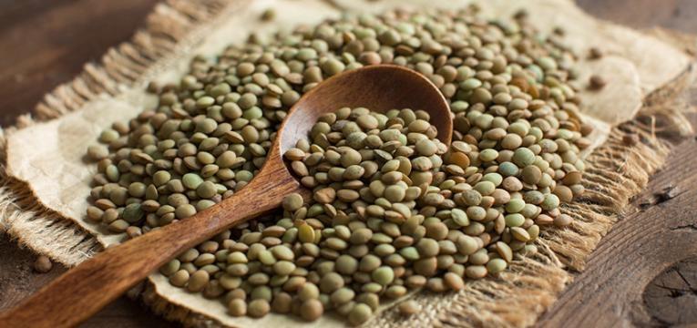 alimentos que causam inchaço abdominal: lentilhas