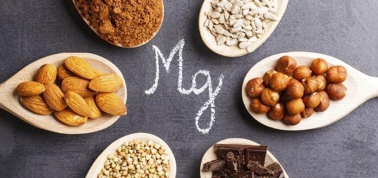 vontade de comer doces e alimentos ricos em magnesio