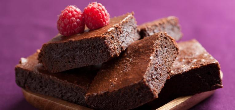 Brownie com framboesas