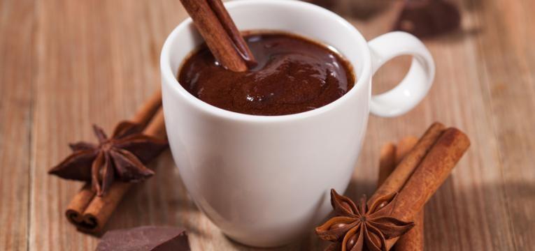 Chocolate quente com cafe