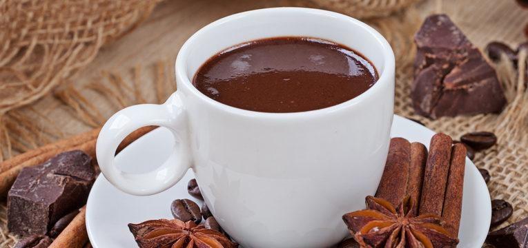 Chocolate quente com vinho