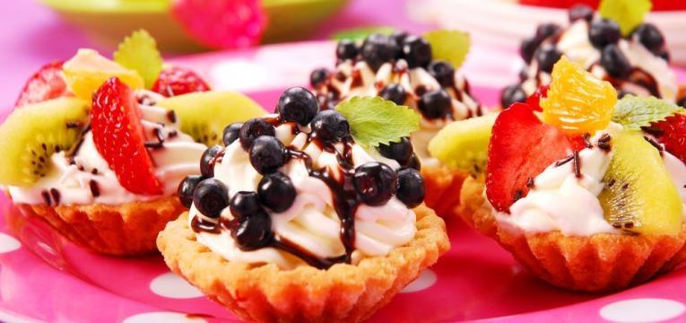 Tarteletes doces de frutas frescas