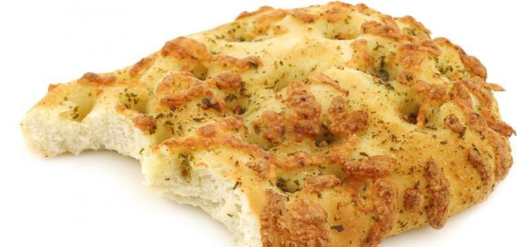 Focaccia de batata-doce sem gluten