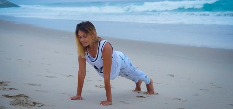 prancha frontal na praia