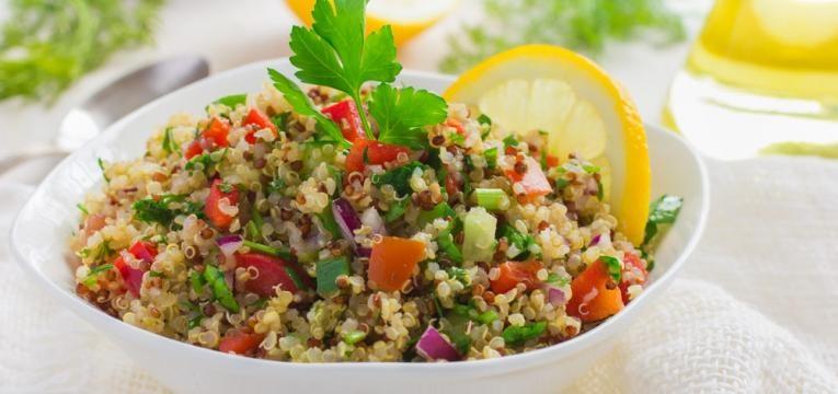 Receitas refrescantes e Tabule de quinoa