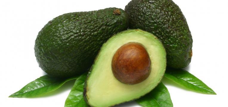 abacate e os melhores alimentos para comer ao pequeno-almoço