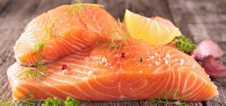 alimentos para treinar e peixe gordo n