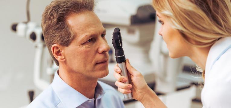 exame medico oftalmologico