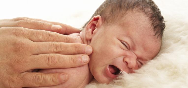 massage pour nouveau-nés