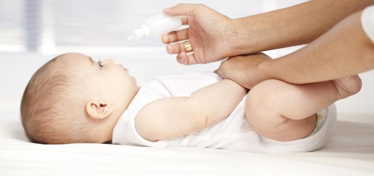 tratamento do naruz entupido nos bebes