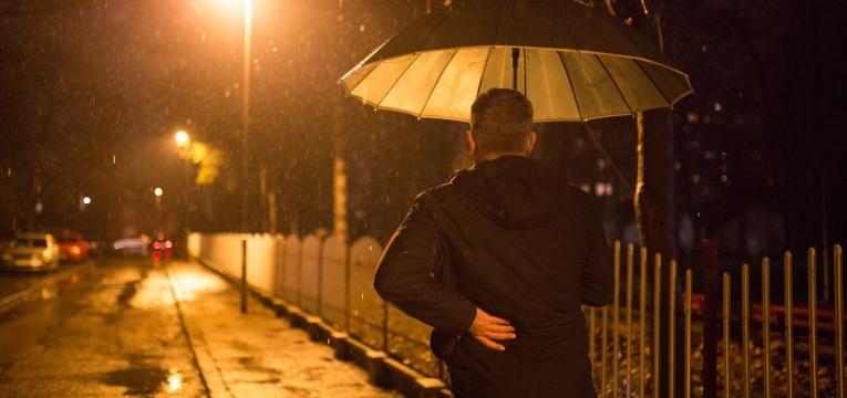 dores nas articulacoes quando chove e influencia da pressao atmosferica
