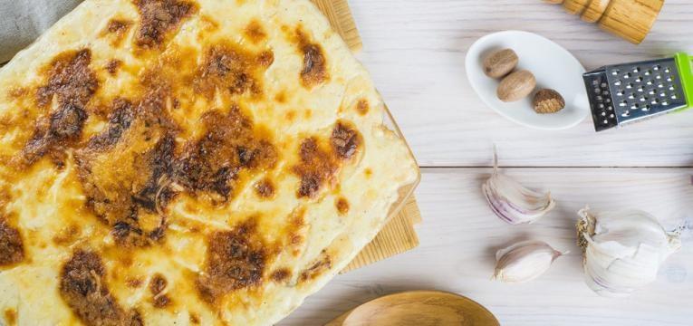 Bacalhau com natas e batatas fritas