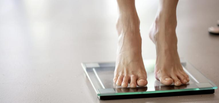 pesar-se e conseguir perder peso