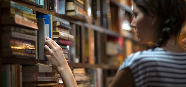 bancos do livro escolar