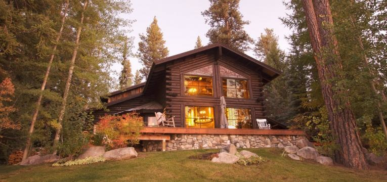 casa no meio da natureza