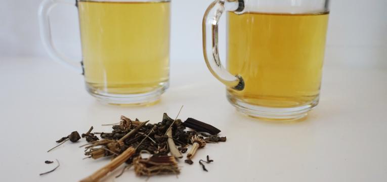 beber cha e reduzir gordura abdominal
