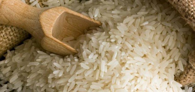 alimentos para treinar e arroz branco