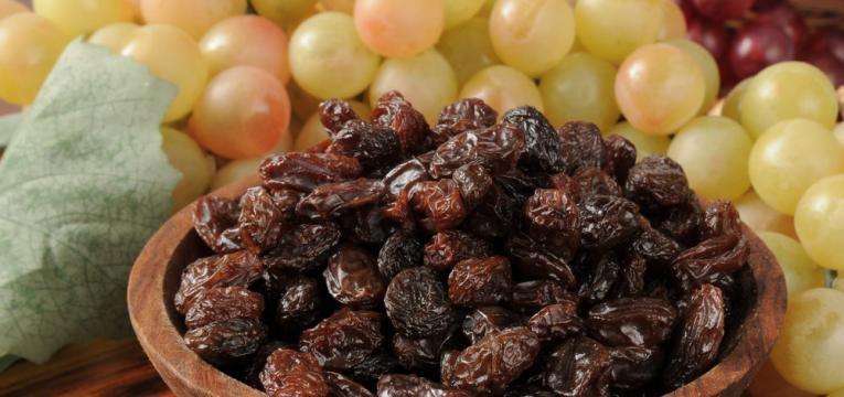 uvas e uvas passas