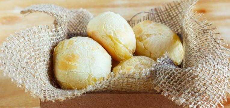 Pao low carb com queijo